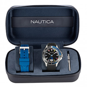 NAUTICA PIER 25 FLAGS BOX SET